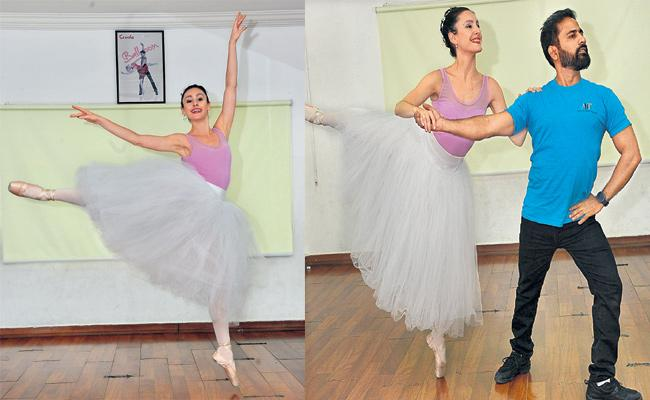 American Dance BALE in Hyderabad - Sakshi