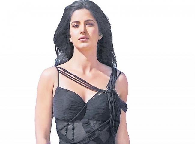 Katrina Kaif to star in the PT Usha biopic - Sakshi