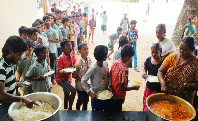 Three Months Wages Pending Midday Meal Staff - Sakshi