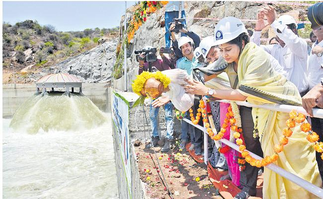 Wednesday to be a red Letter day for Kaleshwaram Project - Sakshi