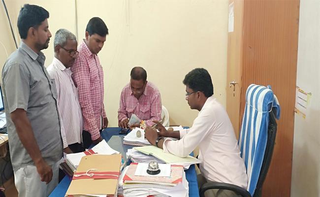 Property Tax Collection In Mahabubnagar - Sakshi