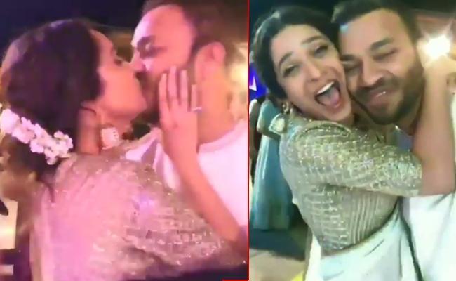 Ankita Lokhande kisses boy friend Vicky Jain - Sakshi