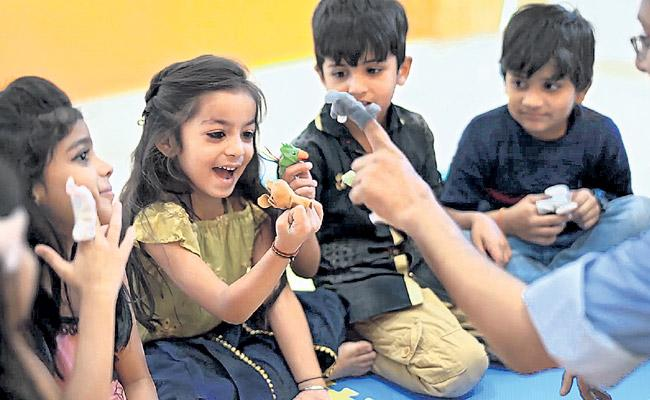 Mama Anant Pai Tell Stories for Childrens - Sakshi