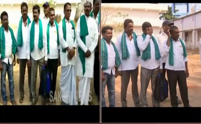 Telangana 50 Numbers Farmers Going To Varanasi - Sakshi