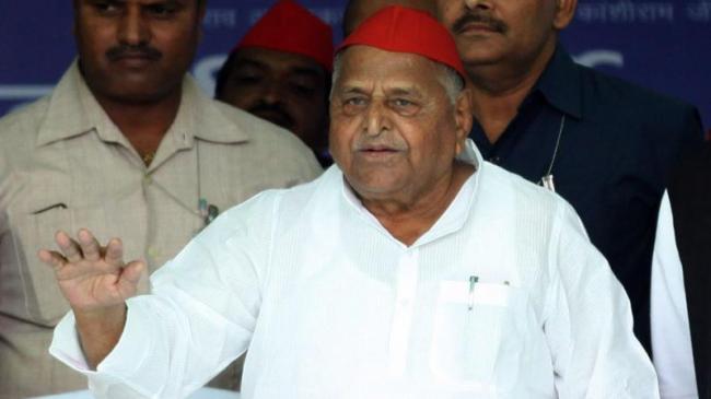 Samajwadi Party Founder Mulayam Singh Yadav Hospitalised - Sakshi