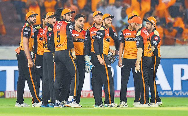 Sunrisers Hyderabad Want to Keep Winnings For Playoffs - Sakshi