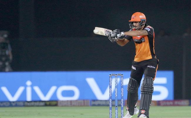 SRH Set Target of 161 Runs Against Rajasthan Royals - Sakshi