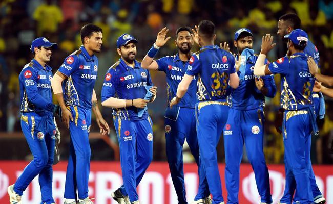 Mumbai Indians beat Chennai Super Kings by 46 runs - Sakshi