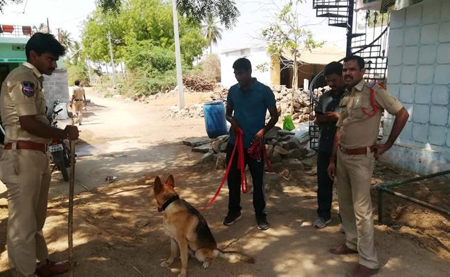 Brutal Murder In Garhwal - Sakshi