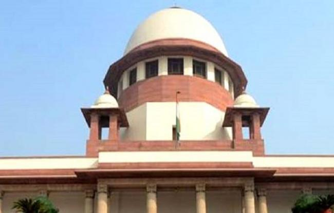 Ex SC staffer appears before inquiry panel - Sakshi
