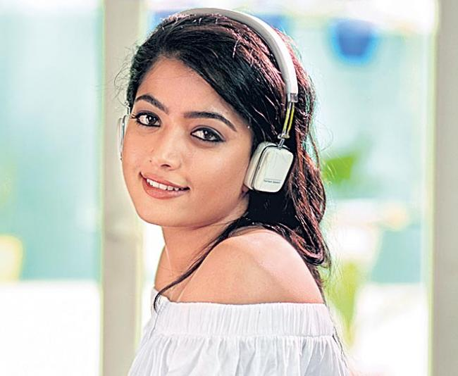 Rashmika Mandanna Geetha Chalo released on may 3 - Sakshi
