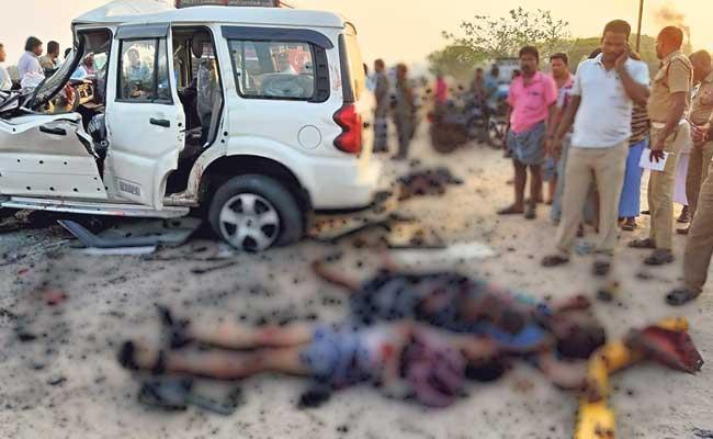 Three Men Killed In Road Accident In Tamil Nadu - Sakshi