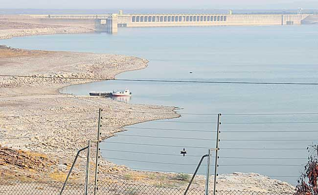 Nagarjuna Sagar Water Level Near To Death Storage - Sakshi