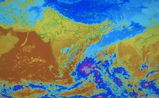 Cyclone Fani May Heads Toward North Coastal Andhra Pradesh - Sakshi