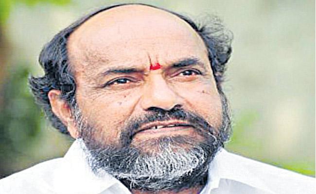 All Parties are Unfair to BCs Says R Krishnaiah - Sakshi