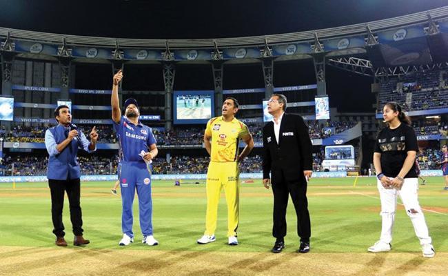 IPL 2019 Can Mumbai Indians Stop CSK Victory Juggernaut At Wankhede - Sakshi