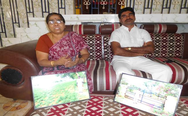 TDP MLA Candidate Kandikunta Venkata Prasad Irregularities in Kadiri - Sakshi