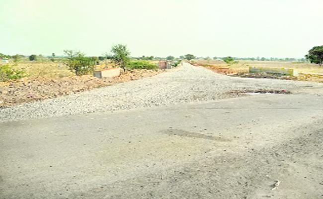 Telangana Government Start To Develop Tandas With Bt Roads - Sakshi