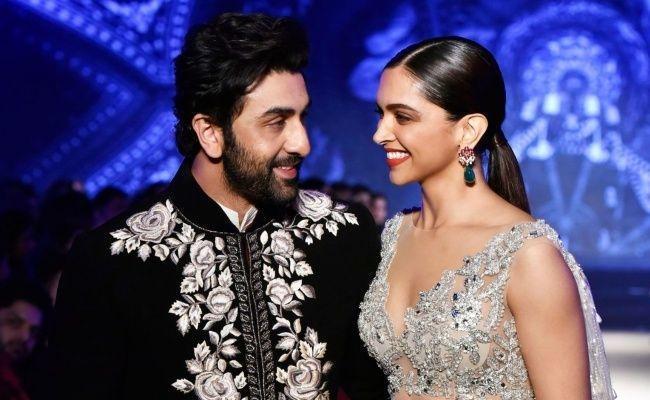 Deepika Padukone And Ranbir Kapoor to Collaborate for Anurag Basu - Sakshi