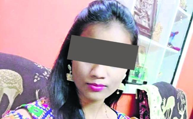 ABVP Demands CBI Inquiry On Raichur Btech Student Murder Case - Sakshi