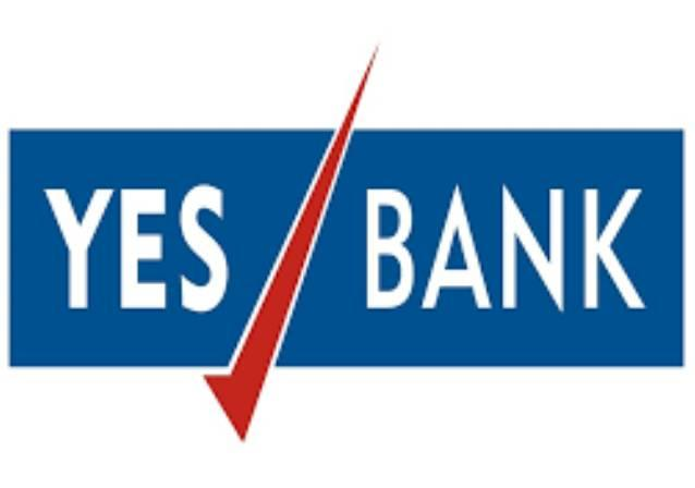 Yes Bank Stock Plunges 30 percent After Earnings Announcement - Sakshi