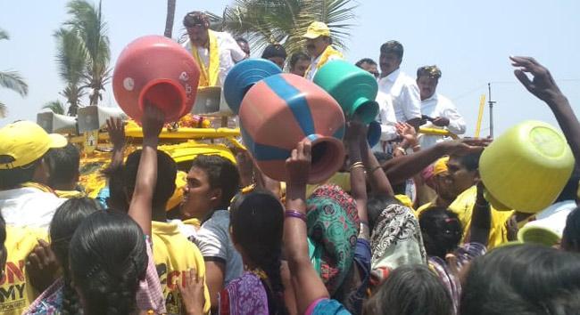 Sour Experience To Nandamuri Balakrishna - Sakshi