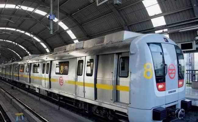 Delhi Police ASI Ajay Kumar Commits Suicide at Jahangirpuri Metro station - Sakshi
