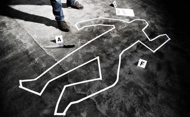 Due To Land Disputes Person Killed In Jaggampeta - Sakshi