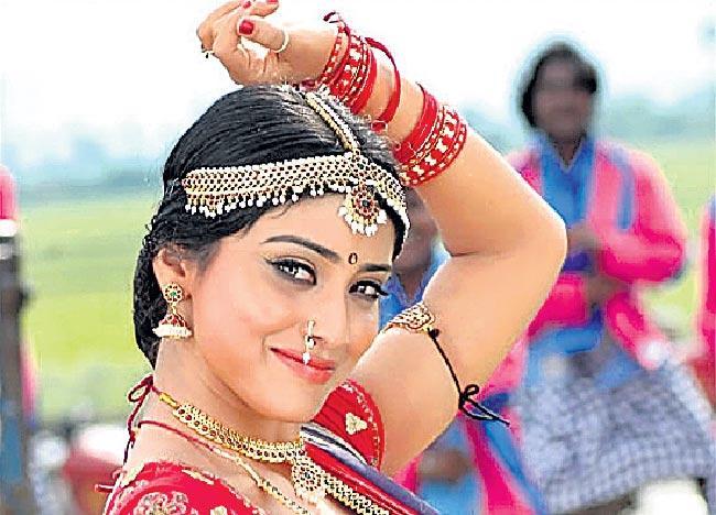 vadivelu yamalokam movie updates - Sakshi