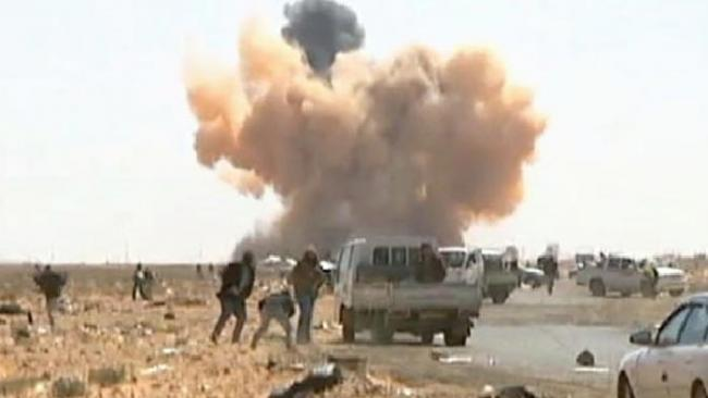 Libya on brink of civil war as anti-government troops surround capital - Sakshi