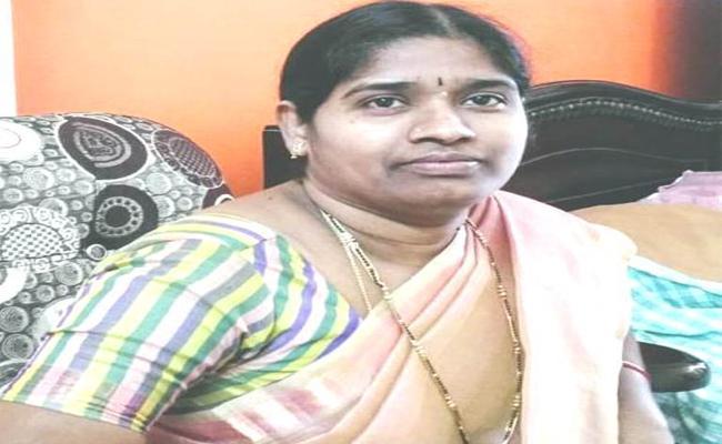 former TDP MLA Sridevi Join In Congress - Sakshi