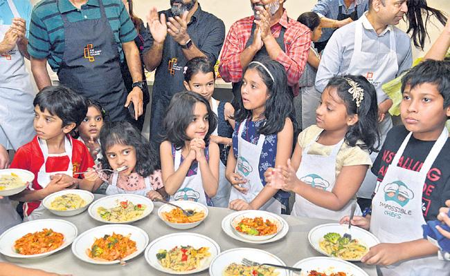 Ias Jayesh Ranjan turn to Chef - Sakshi