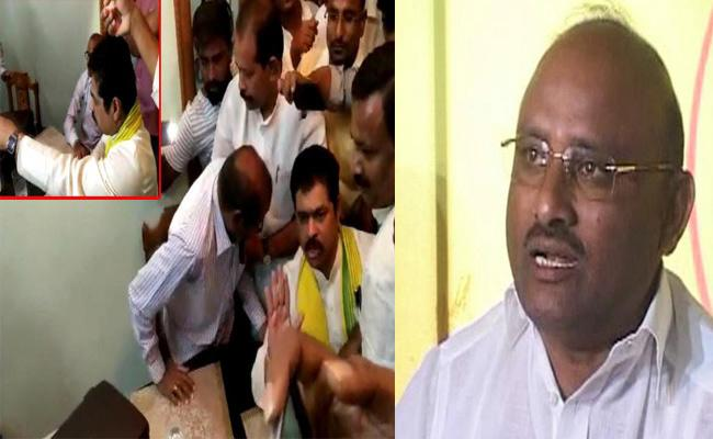 Income Tax Raids at TDP Leader House Are Fake, Experts Raise Doubts - Sakshi