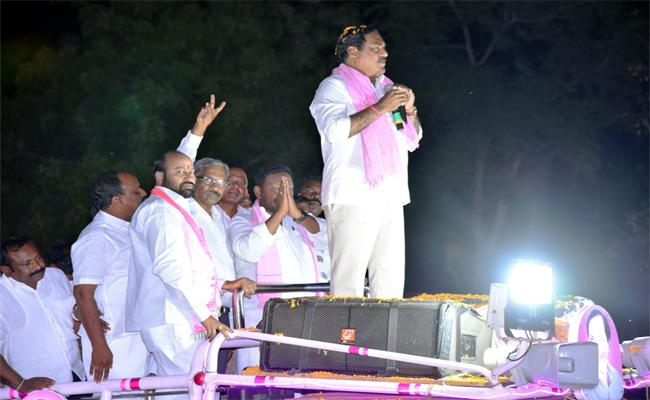 In Kcr Government Farmers Are Satisfied - Sakshi