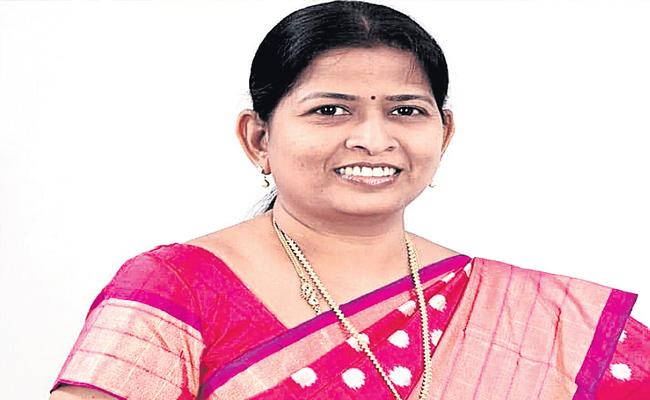 Transparent Rule Is Possible Only With Jagan - Sakshi