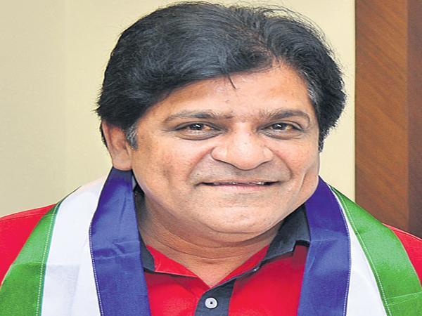 Ali Comments On Pawan Kalyan - Sakshi