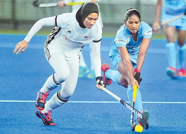 Indian women hockey team hold Malaysia to a 4-4 draw - Sakshi