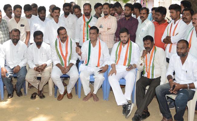 YS Rajasekhara Reddy Give More Development Mahabubabad Said By Balaram Nayak - Sakshi