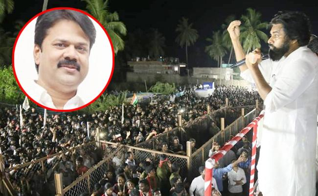 pawan kalyan takes on Chalamalasetty Sunil - Sakshi