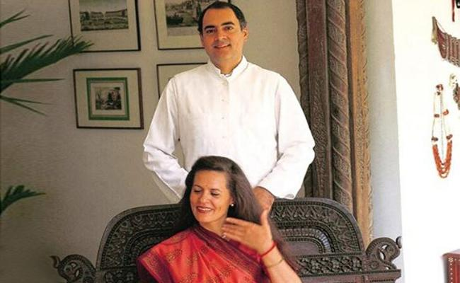 why Narendra Modi Targets Rajiv Gandhi Again - Sakshi