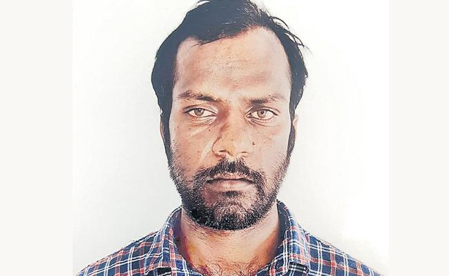 Accused Srinivas Reddy is the Harijapur - Sakshi