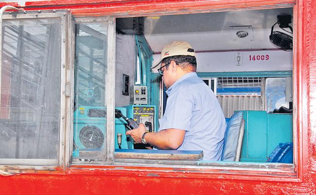 Special story to Railway loco pilot jobs - Sakshi