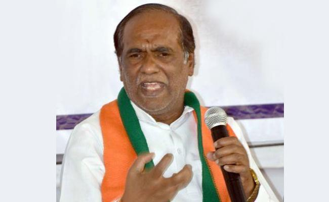 BJP Leader K Laxman Fires On KCR Over Inter Board Issue - Sakshi
