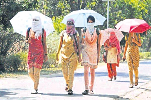 Temperatures up to 47 degrees Celsius in the state - Sakshi