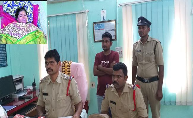Husband Harassment Women Suicide Attempt Khammam - Sakshi