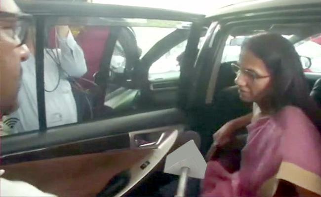 ICICI Videocon Bank Loan Case Chanda Kochhar Appears Before ED     - Sakshi