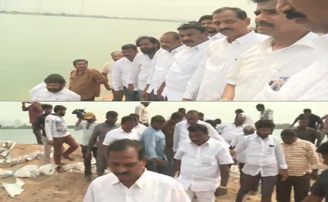 YSRCP Leaders Visit Krishna River Encrochment Area  - Sakshi