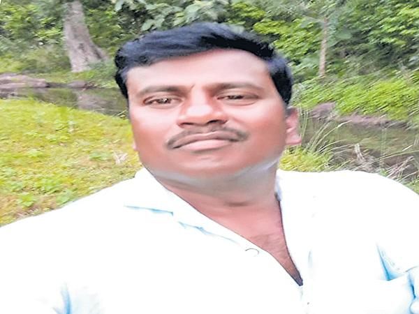 Kathakpur person suicide in Dubai - Sakshi