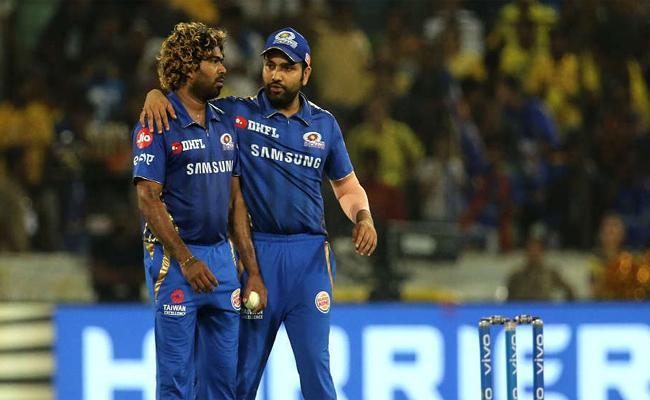 Rohit Explains His Gamble Of Picking Malinga over Hardik - Sakshi