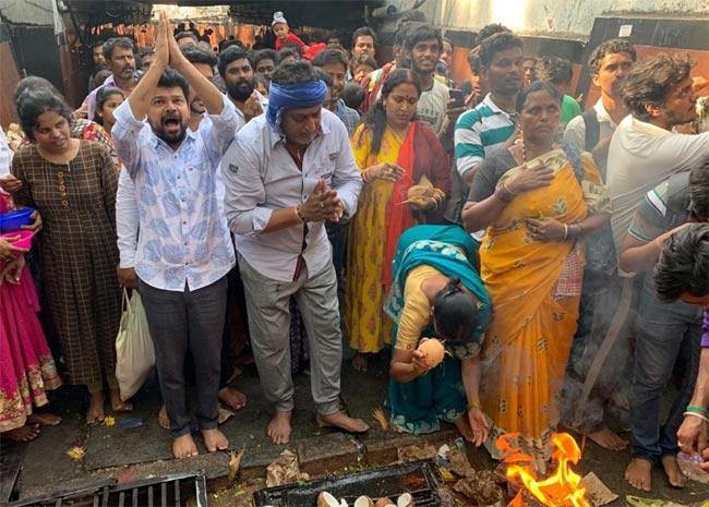 Prudhvi Raj, Jogi Naidu Visit Tirumala - Sakshi
